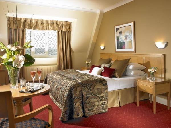 gleneagle_hotel_bedroom2